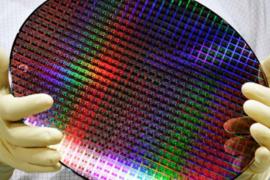 【芯视野】大陆OLED驱动芯片量产何以难关重重?