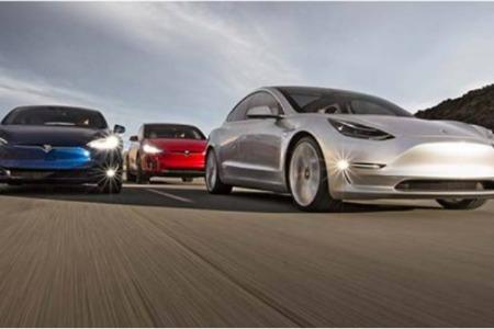 特斯拉Model 3标准续航升级版降价1.5万元,23.59万元起售
