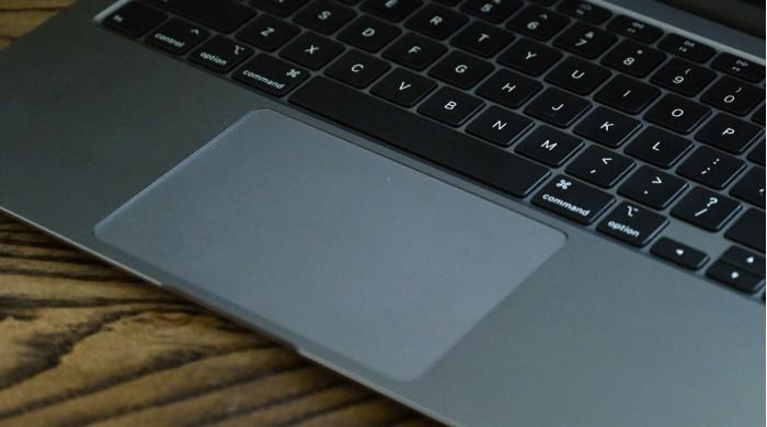 苹果新专利让整个MacBook Pro掌托可作为触控板使用