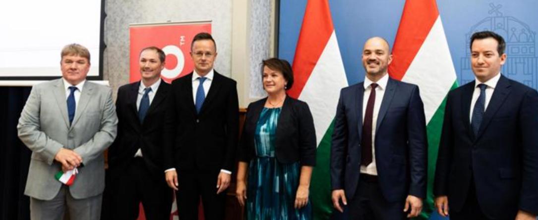《联想明年将在匈牙利开设一条新的生产线》