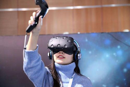 《HTC 9月营收8.17亿,环比增长89%》