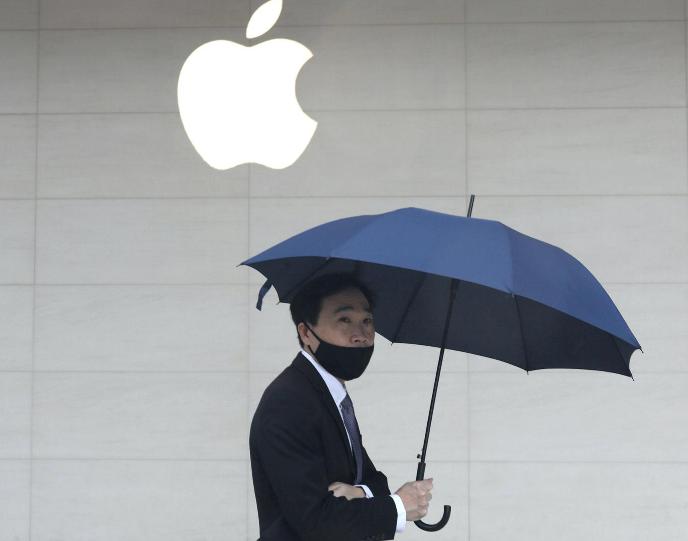 《路透社:鸿海将部分iPad与MacBook生产从中国大陆移至越南》