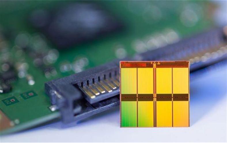 日产量达10000平方米,宜昌南玻光电0.18毫米超薄电子玻璃成功量产
